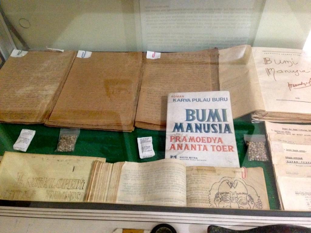 Catatan dan Tulisan Tangan Pramoedya di Pulau Buru