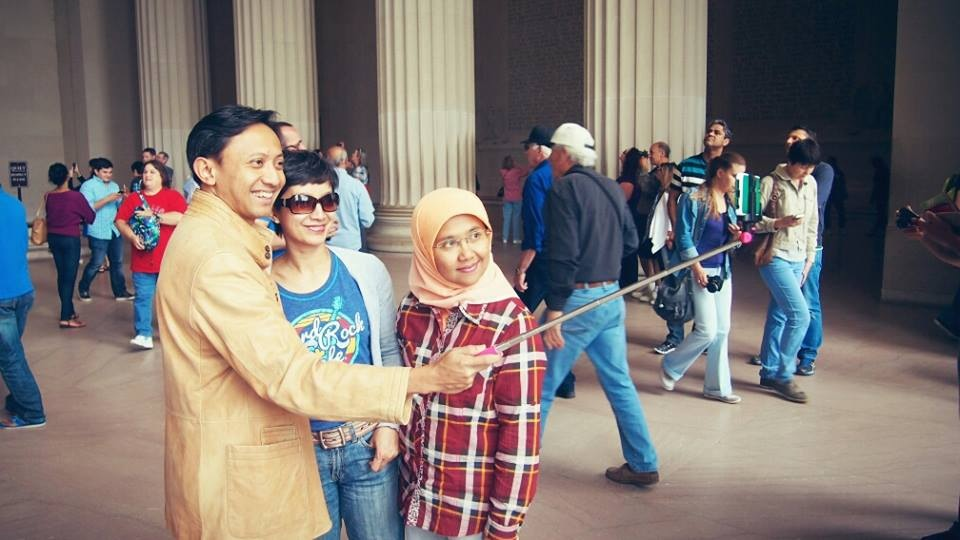 Nongsis di Lincoln Memorial Washington DC/ photo by Dony Ardiansyah