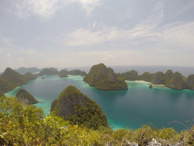 Wayag Besar dari atas / photo by Junanto